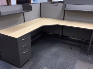 AIS L-shape modular workstation