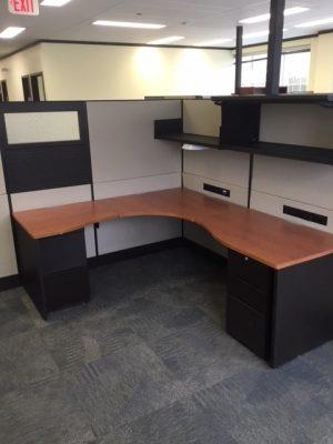 Teknion Leverage Series 6' x 6' Workstations