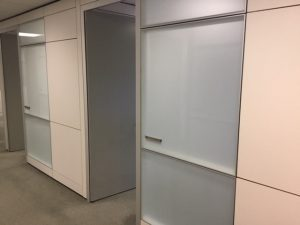 Teknion Altos modular wall system with frosted glass panels