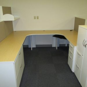 AIS 8' x 8' Modular Office Furniture