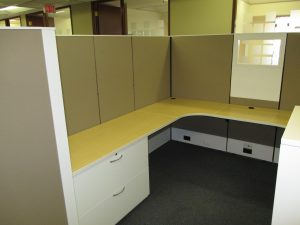 AIS 8' x 8' Used Modular Workstations