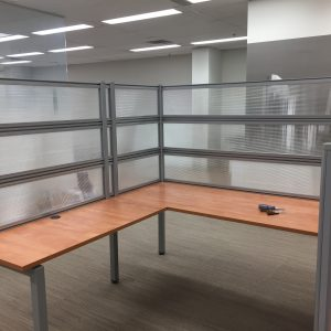 Industrial workbench/desk system