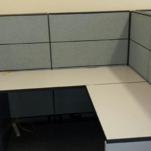 Global Boulevard Evolve 6' x 6' used office furniture