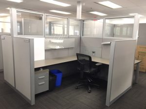 Grey/silver Steelcase Answer Series 6' x 7.5' furniture in Calgary