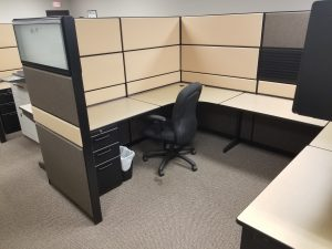 Teknion TOS 7' X 8' U - Shape Workstation